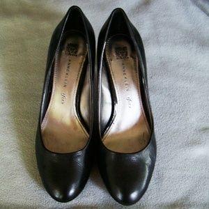 Anne KIein Black leather pumps heels